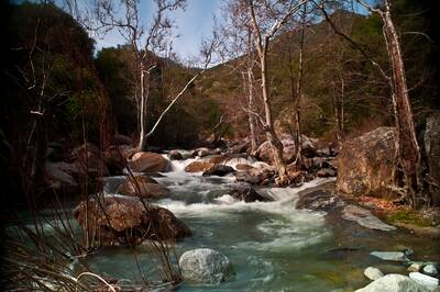 epic winter hikes marble falls trail marble fork kaweah river