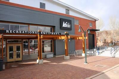 REI Garage Sale NM Store