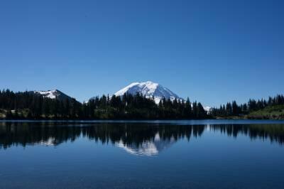 epic winter hikes hike summit lake mount rainier