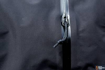 rain-jacket-watertight-zipper-1