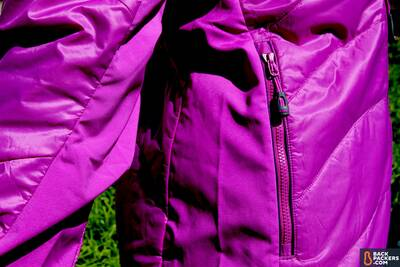 synthetic-insulated-jackets-stretchy-mesh-panels