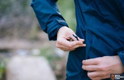 Columbia-Arcadia-II-rain-jacket-pockets