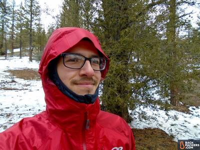 Outdoor-Research-Helium-II-hood Ultralight Storm Shell
