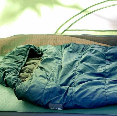 sleeping bags and quilts guide