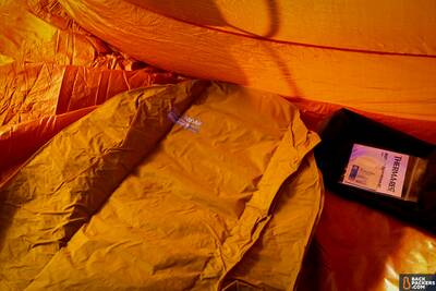 Therm-a-Rest-NeoAir-XLite-review-uninflated-pad-inside-tent