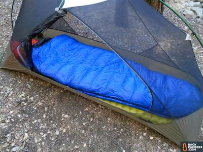 Western-Mountaineering-UltraLite-review-sleeping-mummy-bag-featured