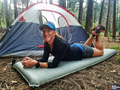 rei-camp-bed-3.5-review-laying-on-pad