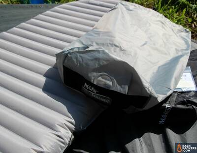 therm-a-rest-neoair-xtherm-review-inflating-stuff-sack