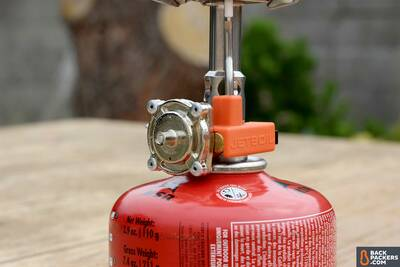 how-to-choose-the-best-backpacking-stove-pressure-regulator