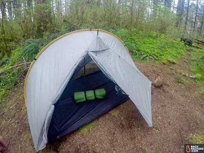 rei-trekker-1.75-self-inflating-in-tent