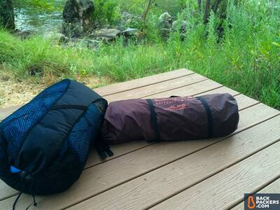 Alps-Mountaineering-Lynx-4-review-tent-in-bag-with-sleeping-bag