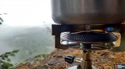 Primus-Classic-Trail-Stove-review-off-with-pot
