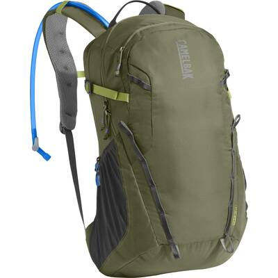 camelbak cloud walker 18 Day Hiking Gift Guide