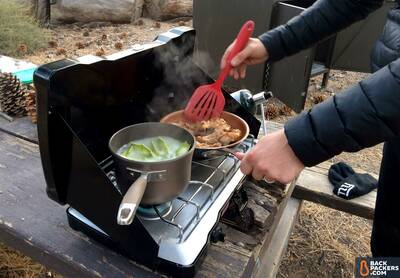 Coleman-Triton-Stove-review-ravioli-and-chicken-legs