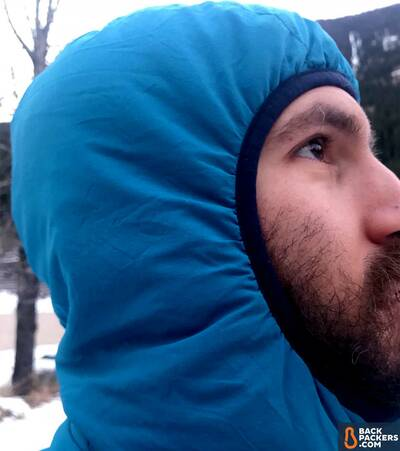 Patagonia-Nano-Air-Hoody-review-elastic-hood