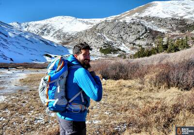 Patagonia-Nano-Air-Hoody-review-starting-on-the-hike