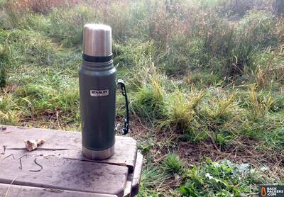 Stanley-Classic-Vacuum-Bottle-review-camping-