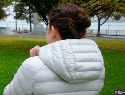 Uniqlo-Ultra-Light-Down-Parka-review-large---hood