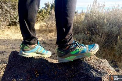 Brooks-Cascadia-12-review-wearing-shoes