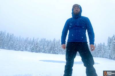 Outdoor-Research-Ascendant-Hoody-review-in-snow-1