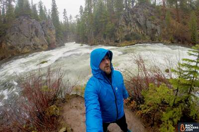 Patagonia-Micro-Puff-Hoody-review-under-zpacks-vertice