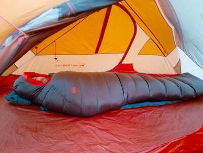 REI-Magma-10-Sleeping-Bag-review-inside-tent-2