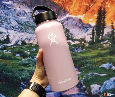 6-ways-to-Protect-the-Environment-While-Supporting-Sustainable-Brands-hydro-flask-bottle-color-palette