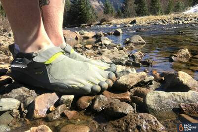 Vibram-KSO-Five-Fingers-Review-in-water-2