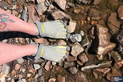Vibram-KSO-Five-Fingers-Review-in-water-3