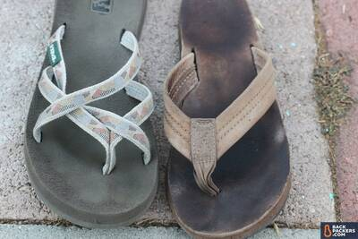 best-flip-flops-material-types-leather-vs-synthetic