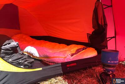 Hilleberg-Anjan-2-Review-sleeping-space-and-cooking
