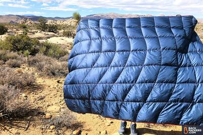 Rumpl-Down-Puffy-Blanket-review-full-blanket-2