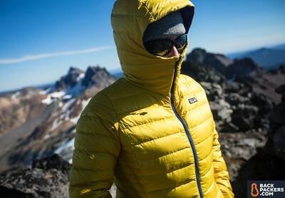 best down jackets patagonia-down-sweater-hoody-zipped-up