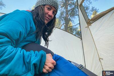 Therm-a-Rest Luxury Map review stuffing into carry sack