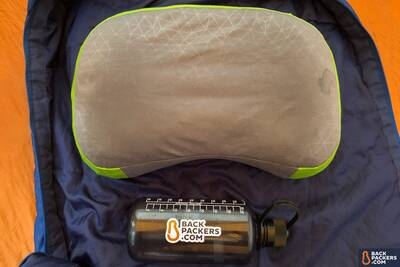 Sea-to-Summit-Aeros-Pillow-Premium-review-inflated-size-comparison