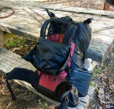 Granite-Gear-Crown-2-60-review-pack-picnic-table