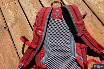 Deuter-Speed-Lite-20-review-back-panel