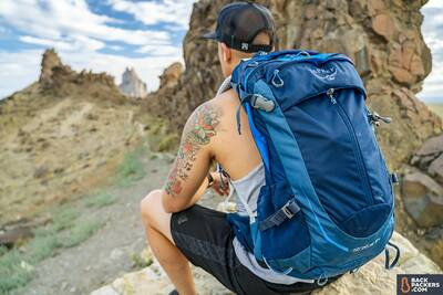 best day packs for hiking Osprey-Stratos-24-packed-up-on-trail