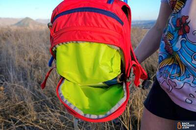 Camelbak-MULE-review-secondary-pouch