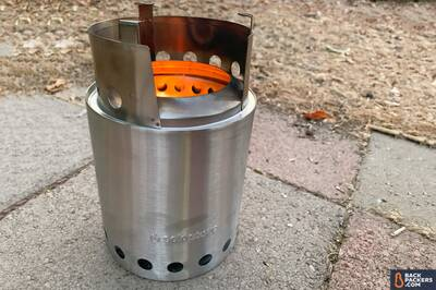 Solo-Stove-Titan-flames-with-top Portable Wood Burning Camp Stove