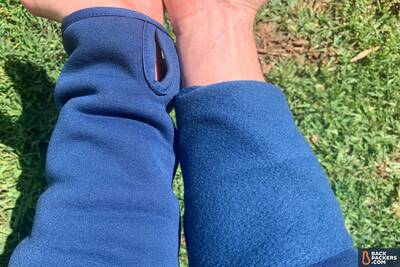 REI-Hyperaxis-Fleece-2-hand-pockets-fleece-comparison