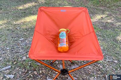 REI-Flexlite-Air-Chair-with-water-bottle
