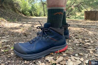 Topo-Athletic-Trailventure-close-up-featured