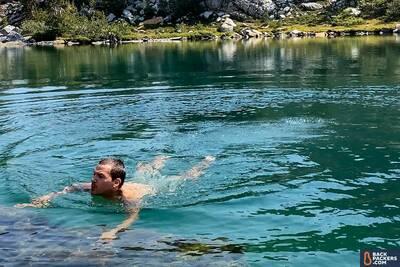 Patagonia-Quandary-Shorts-swimming