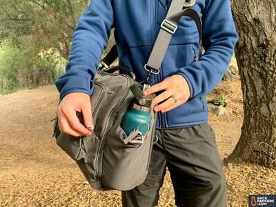 Beretta-Tactical-Messenger-Bag-water-bottle-worn