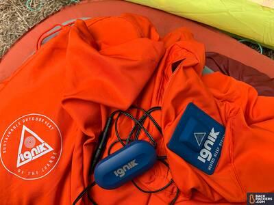 Ignik-Heated-Sleeping-Bag-Liner-ignik-charging-system
