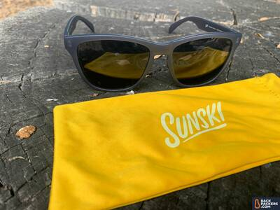 Sunski-Headlands-Review-with-case